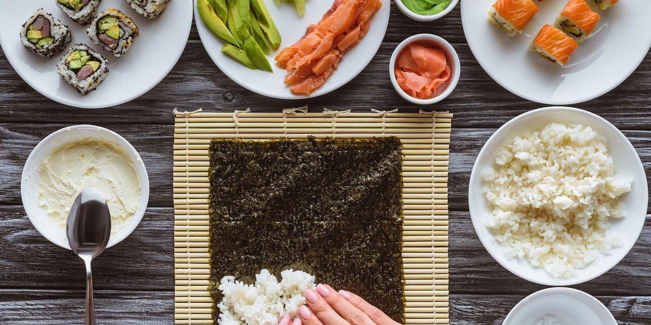 אוכל אסייתי כשר - הכנת סושי
