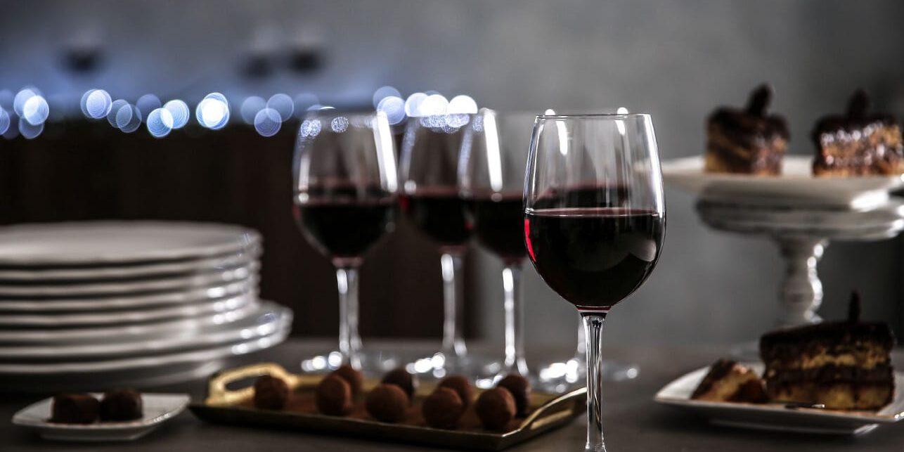 יין וקינוחים - קייטרינג כשר לאירועים וחגים